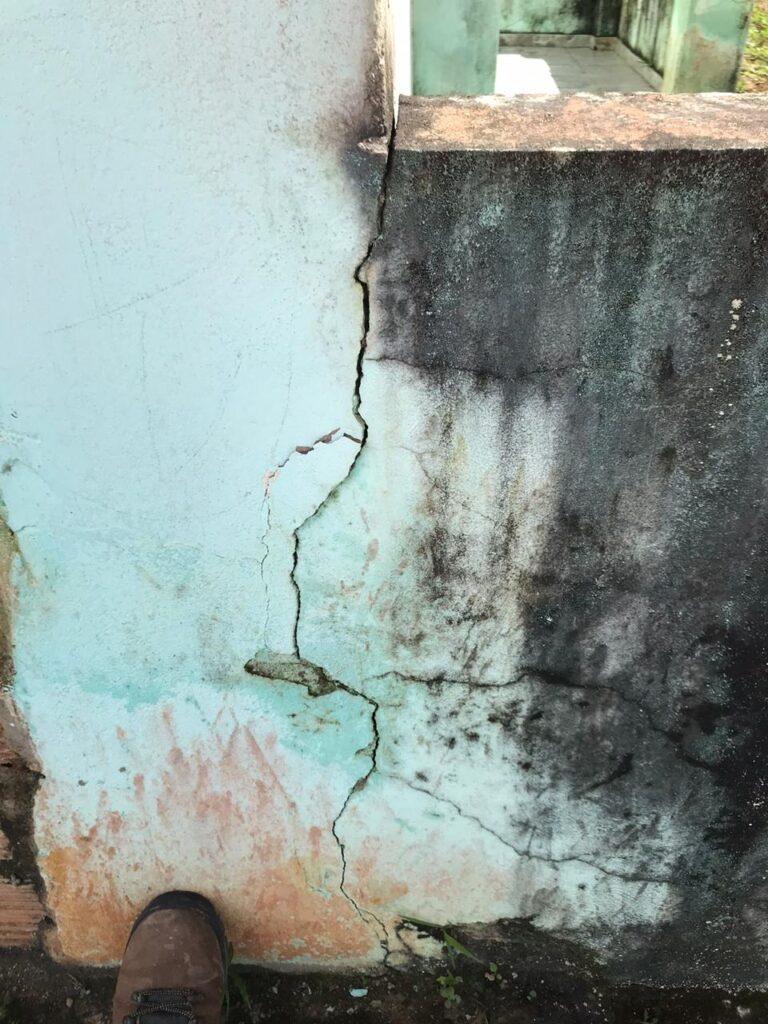 Ocorreram pequenas avarias nas construções civis no caso da Bahia (Igea/UFBA)